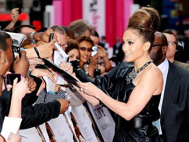 HONEY BUN photo | Jennifer Lopez