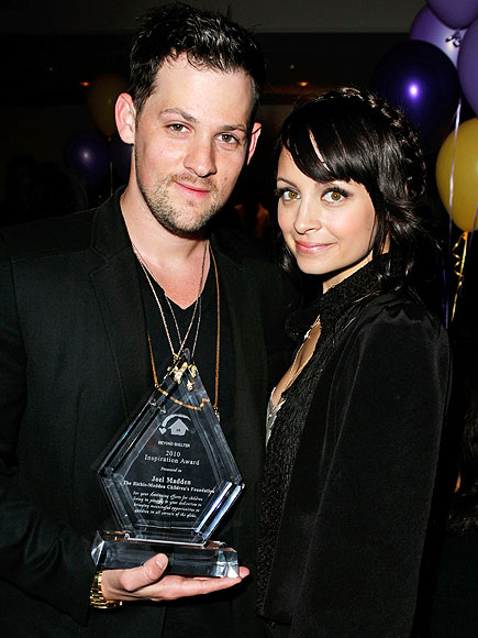 WINNER&#39;S CIRCLE photo | Joel Madden, Nicole Richie