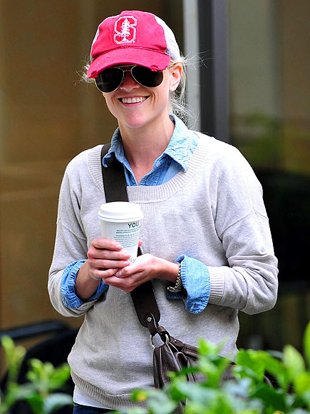 COFFEE RUN photo | Reese Witherspoon