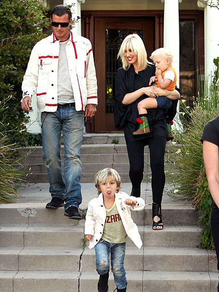 A GLAM SLAM photo | Gavin Rossdale, Gwen Stefani, Kingston Rossdale, Zuma Rossdale