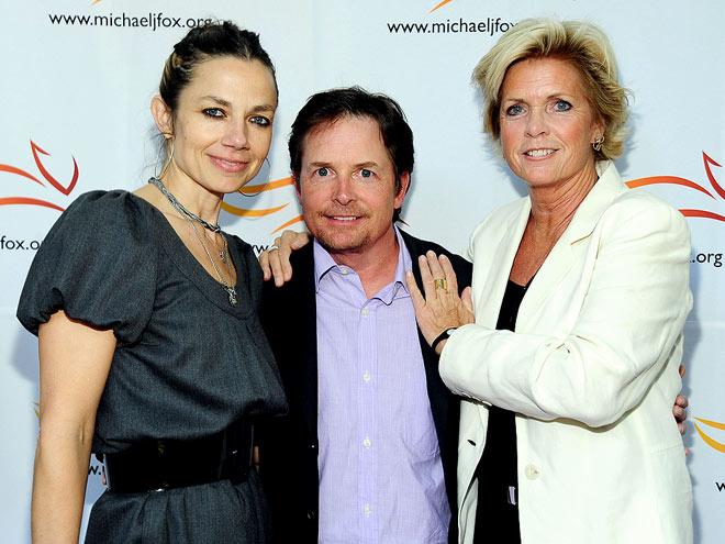 FAMILY REUNION photo | Justine Bateman, Meredith Baxter, Michael J. Fox