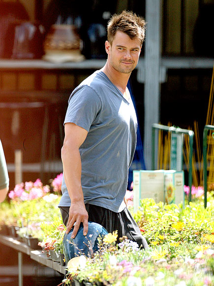 GREEN THUMB photo | Josh Duhamel