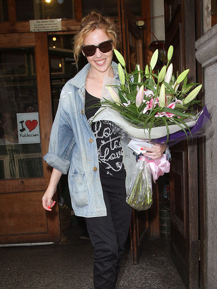 BIRTHDAY BOUQUET photo | Kylie Minogue