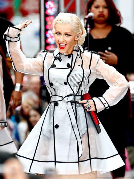 PIPING HOT photo | Christina Aguilera