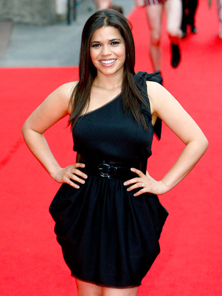 RING LEADER photo | America Ferrera