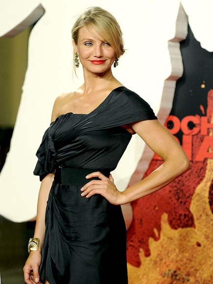 HIP CHECK photo | Cameron Diaz