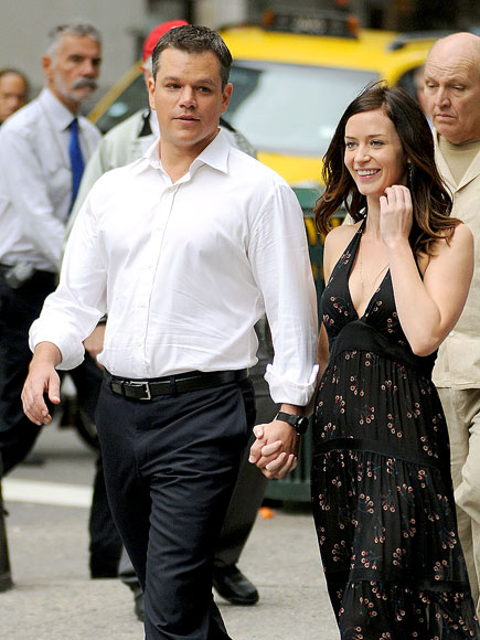 COZY COSTARS photo | Matt Damon