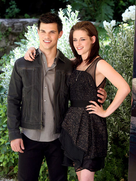 WHEN IN ROME photo | Kristen Stewart, Taylor Lautner