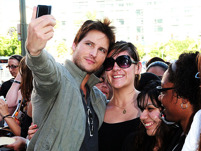 CANDID CAMERA photo | Peter Facinelli
