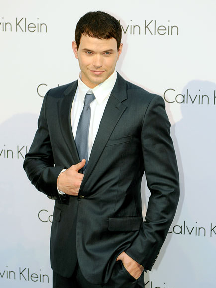 GRAY'S ANATOMY photo | Kellan Lutz