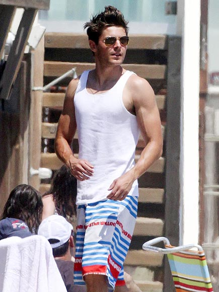 MUSCLE BEACH photo | Zac Efron