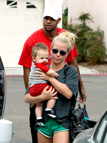 MAMA'S BOYS photo | Hank Baskett, Kendra Wilkinson