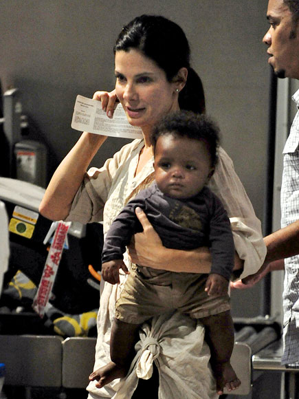 BABY ON BOARD photo | Sandra Bullock