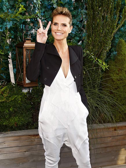 PRETTY PEACE photo | Heidi Klum