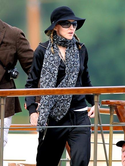 FRENCH TWIST photo | Madonna