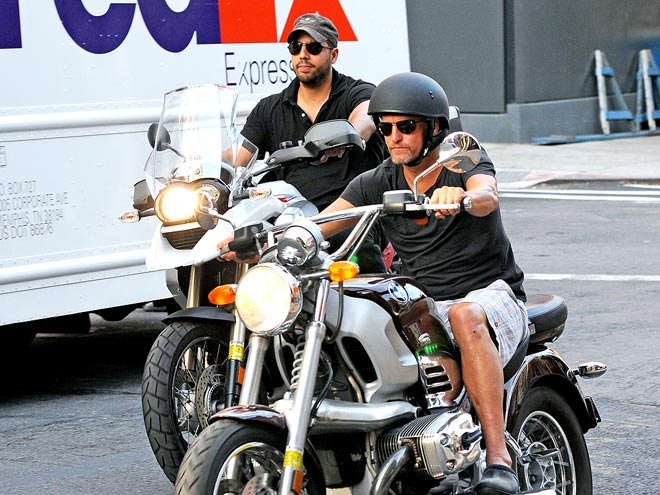 VROOM SERVICE photo | David Blaine, Woody Harrelson