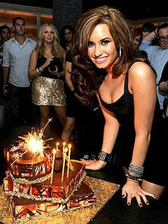 Demi Lovato's Gift to Family: a New House   Demi Lovato