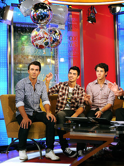 BIRTHDAY BROS photo | Joe Jonas, Jonas Brothers, Kevin Jonas, Nick Jonas