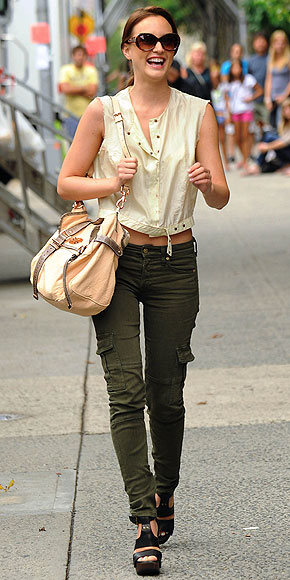 CUTE CARGO photo | Leighton Meester