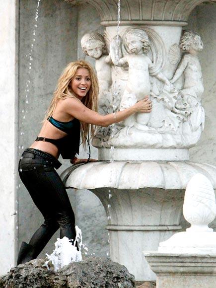 WET 'N WILD photo | Shakira