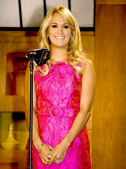 STAGE PRESENCE  photo | Carrie Underwood