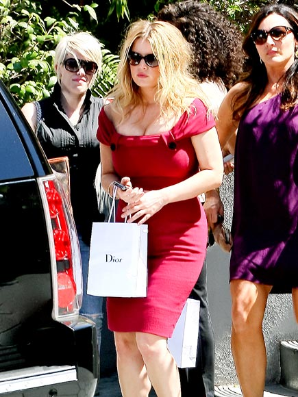 RED HOT photo | Jessica Simpson
