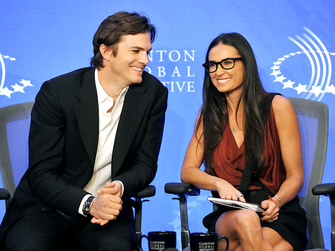 SHOWING &#39;INITIATIVE&#39; photo | Ashton Kutcher, Demi Moore