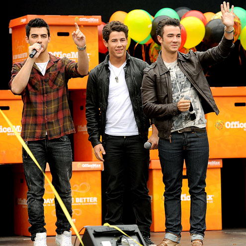 SUPPLY & DEMAND photo | Joe Jonas, Jonas Brothers, Kevin Jonas, Nick Jonas