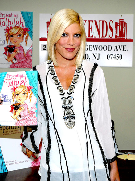BOOK IT photo | Tori Spelling