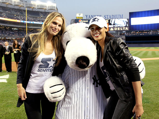 WHAT A CATCH! photo | Molly Sims, Selita Ebanks