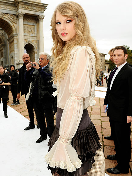 CIAO, MILANO! photo | Taylor Swift