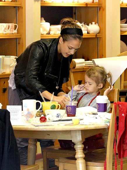 ARTIST-IN-TRAINING photo | Jessica Alba