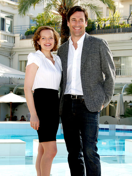 'MAD' COOL photo | Elisabeth Moss, Jon Hamm