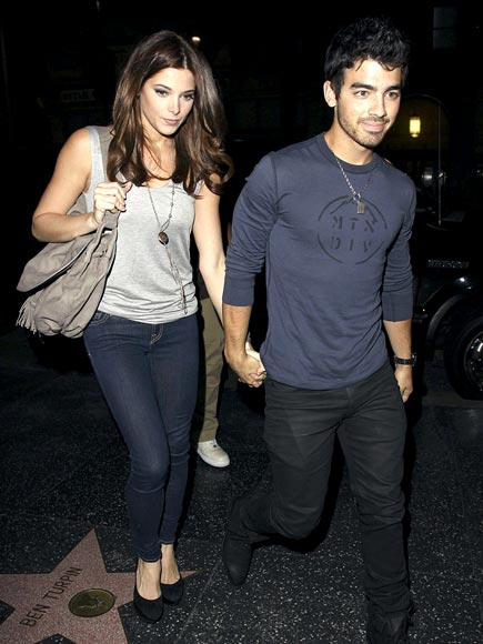 HOT DISH photo | Ashley Greene, Joe Jonas