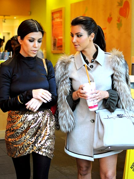 SMOOTHIE STYLE photo | Kim Kardashian, Kourtney Kardashian