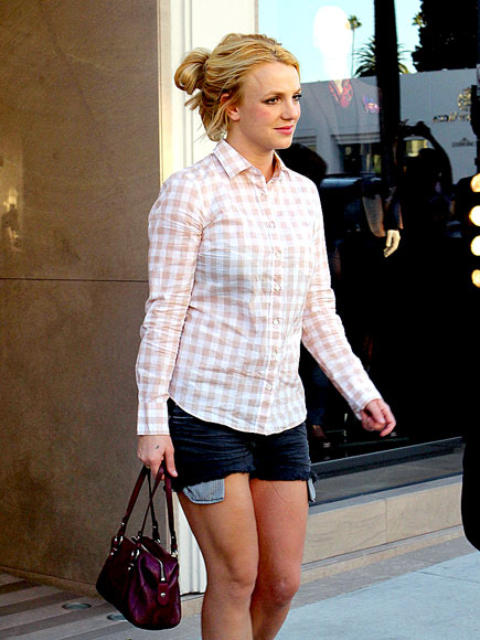 SHOP TO IT photo | Britney Spears