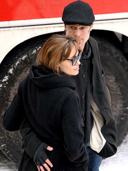 BOOTY-PEST photo | Angelina Jolie, Brad Pitt