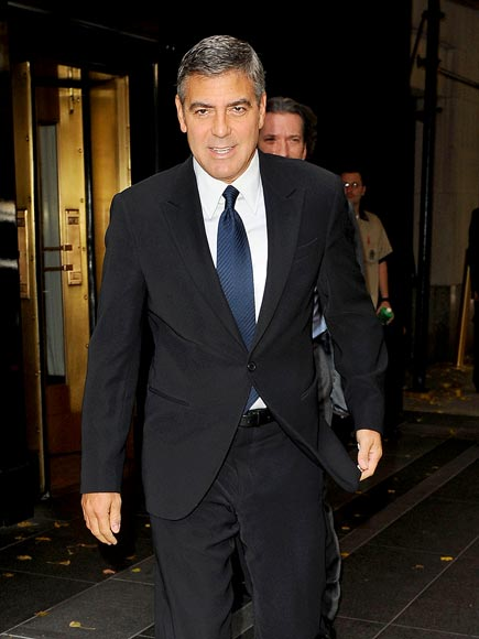 POWER SUIT photo | George Clooney