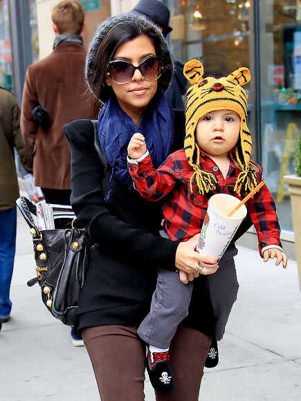 HE&#39;S TIGER-IFIC! photo | Kourtney Kardashian