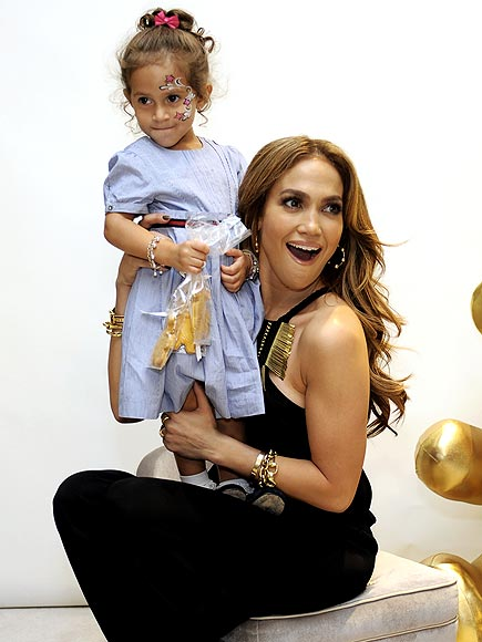 Fashion Fun photo | Jennifer Lopez