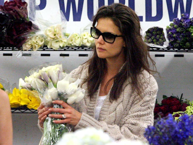 FLOWER GIRL photo | Katie Holmes
