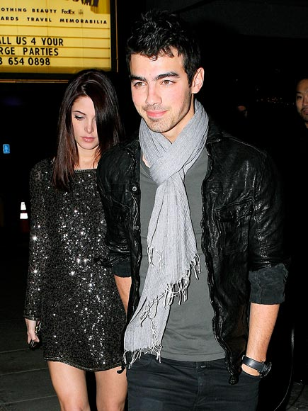 DATE NIGHT photo | Ashley Greene, Joe Jonas