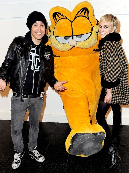 FURRY BUSINESS photo | Ashlee Simpson, Pete Wentz