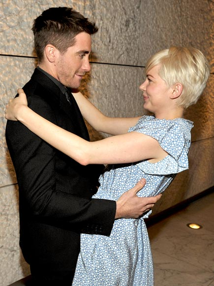 ON HOLD photo | Jake Gyllenhaal, Michelle Williams