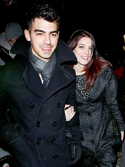 HANG TIGHT