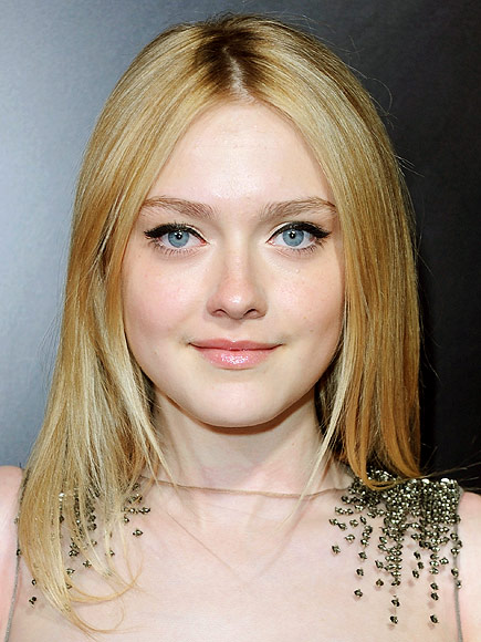 LIQUID EYELINER photo | Dakota Fanning
