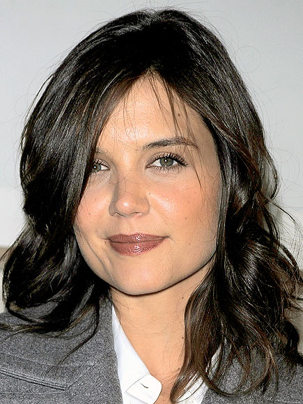 TAUPE LIPS photo | Katie Holmes