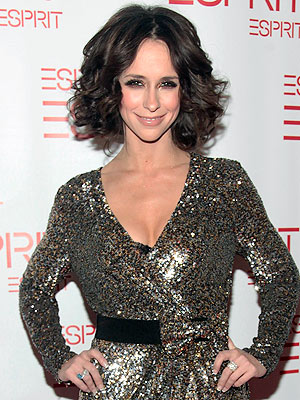 Jennifer Love Hewitt: 'It's Not A Breakup Haircut!'
