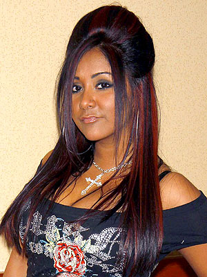 Snooki Adds 'Fresh Red Highlights': Love It or Hate It?