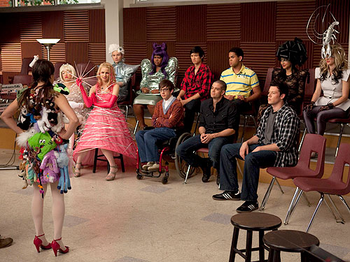 lady gaga outfits glee. The Scoop on #39;Glee#39; Going Gaga